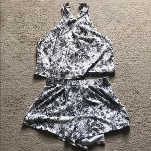 Other - Abound two piece set